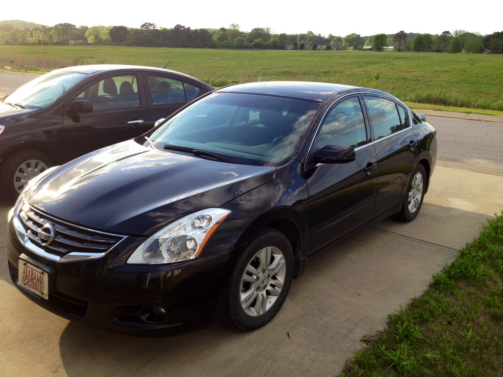 2012 nissan altima - pictures