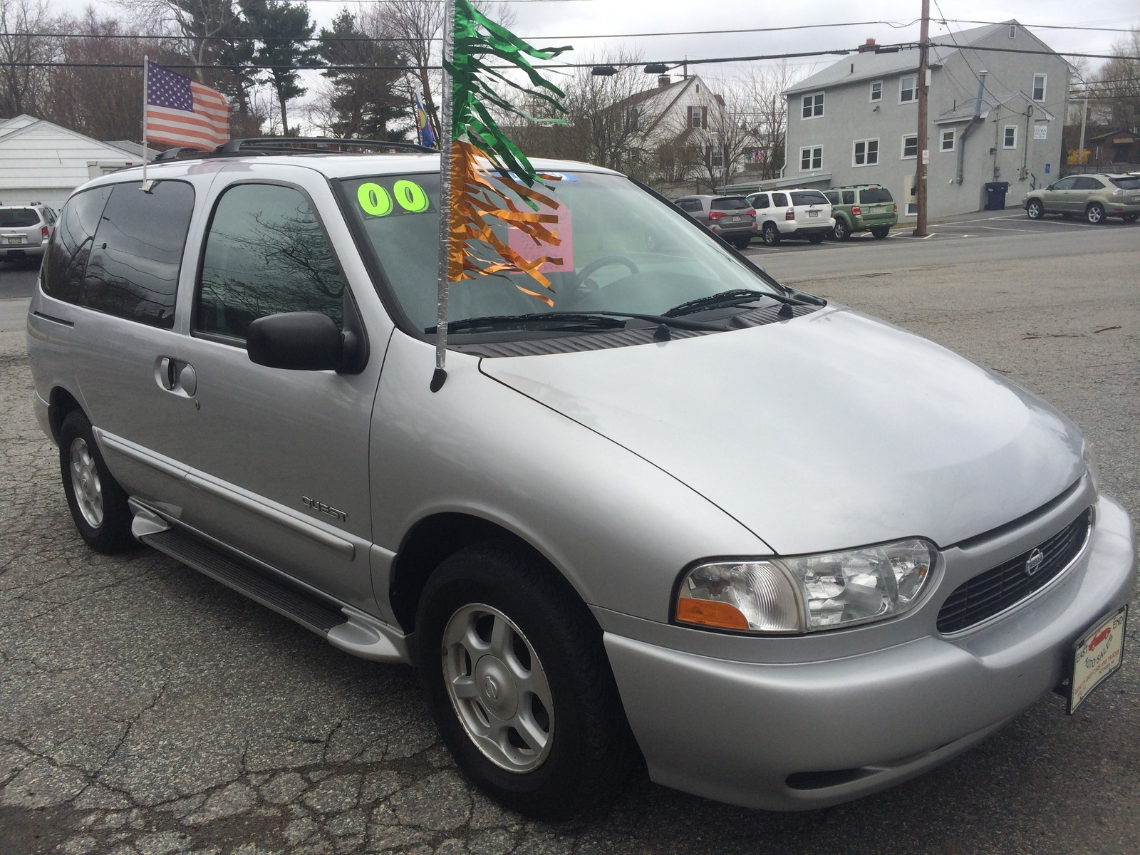 Picture of 2000 Nissan Quest GLE