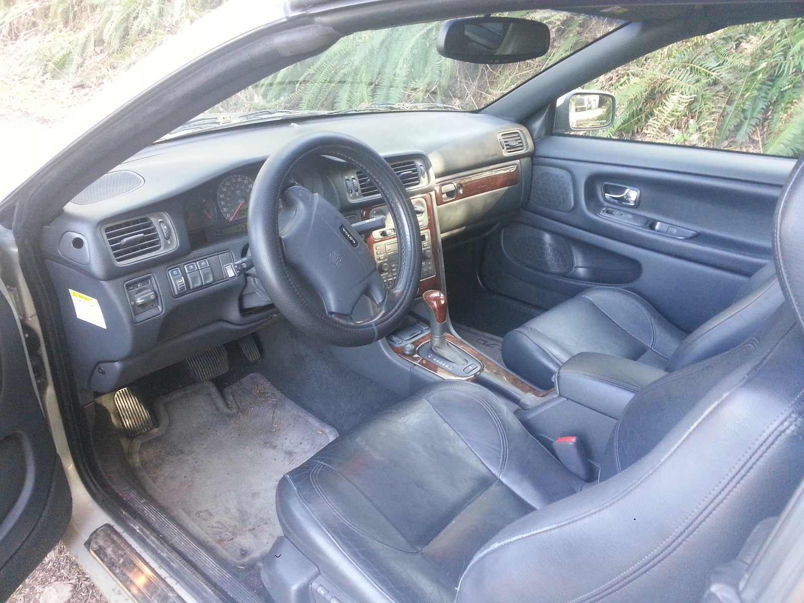 Picture of 2002 Volvo C70 2 Dr HT Turbo Convertible, interior