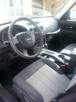 Picture of 2010 Jeep Liberty Sport, interior