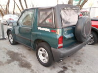 1998 Chevrolet Tracker Overview