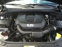 Picture of 2014 Jeep Grand Cherokee Limited 4WD, engine