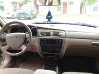 Picture of 2005 Ford Taurus SE, interior