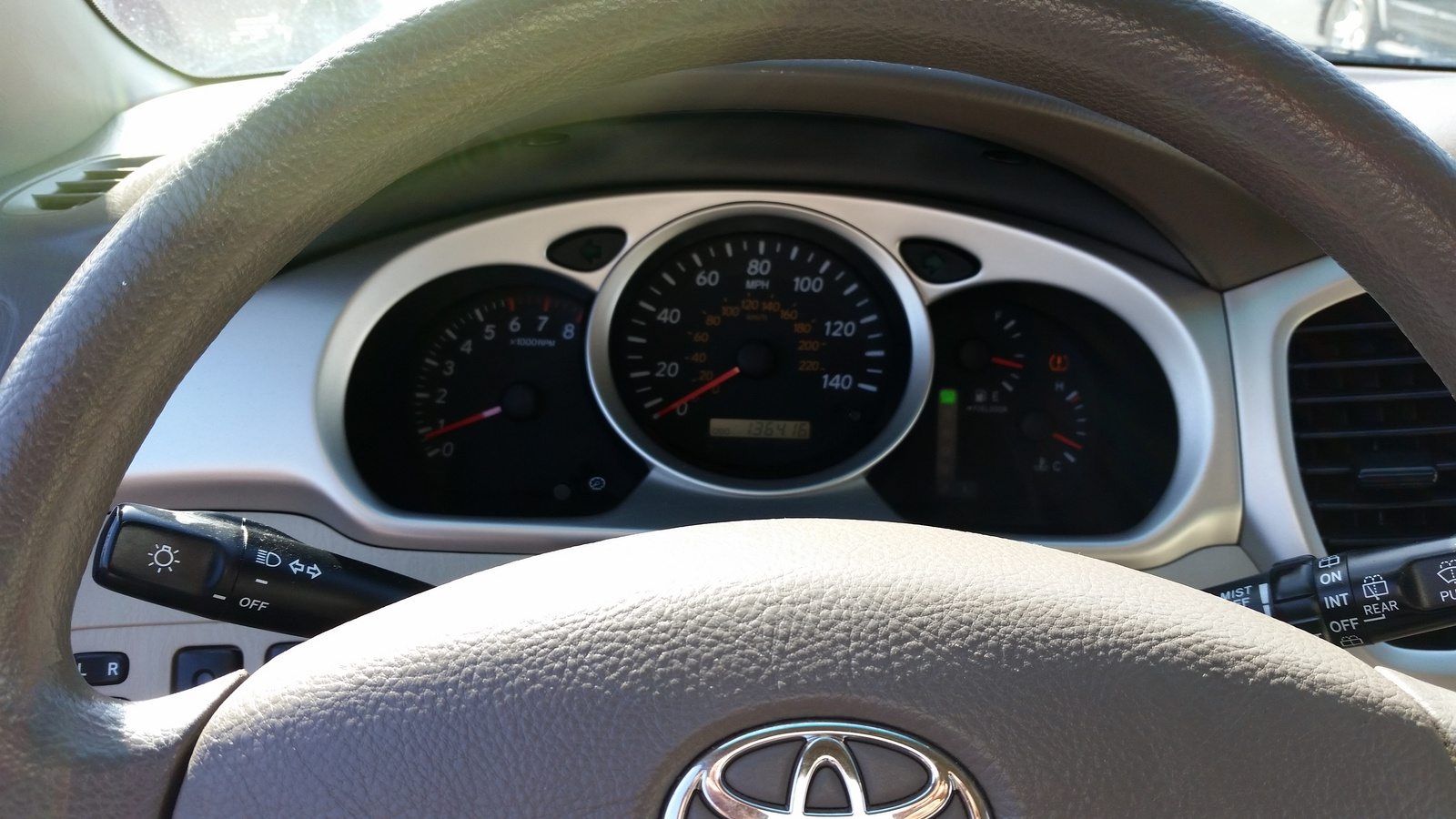 Picture of 2004 Toyota Highlander Base V6 AWD, interior