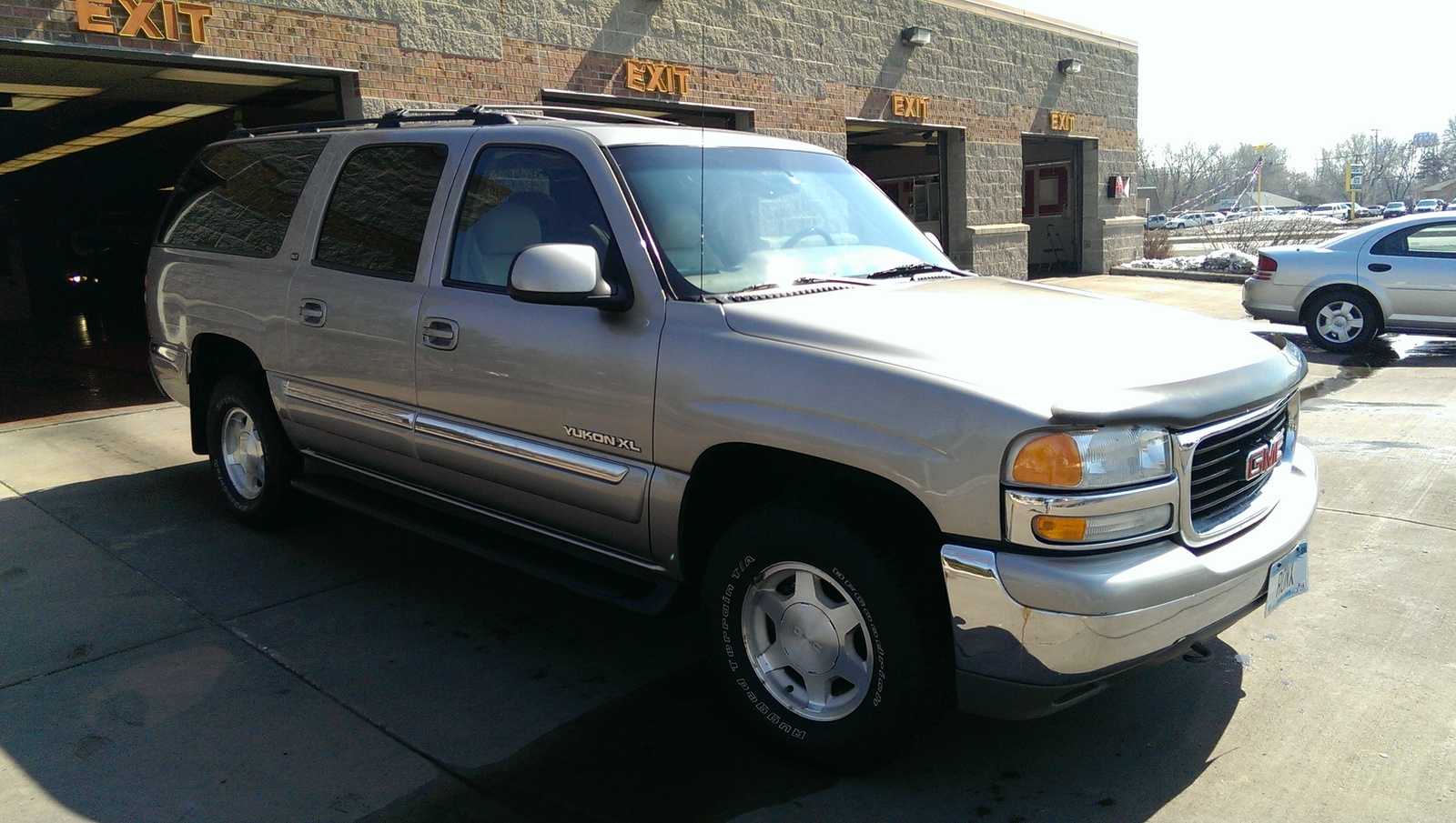 Picture of 2001 gmc yukon xl 4 dr 1500 slt 4wd suv exterior
