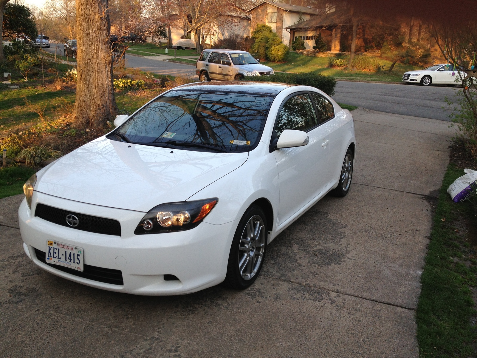 used 2008 scion tc for sale pricing features edmunds autos post. Black Bedroom Furniture Sets. Home Design Ideas