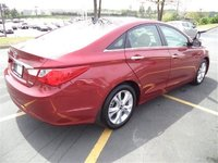 Picture of 2013 Hyundai Sonata Limited FWD, exterior, gallery_worthy