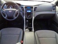 Picture of 2013 Hyundai Sonata GLS, interior, gallery_worthy