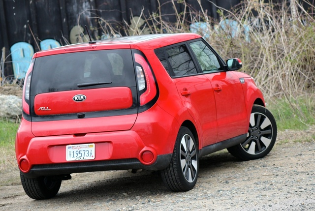 2014 Kia Soul. Itu0027s Hard Not To Look At The Soul As A Solid Value. A Soul  With All The Goodies, Like Our Test Model, Should Come In Around $26,000.