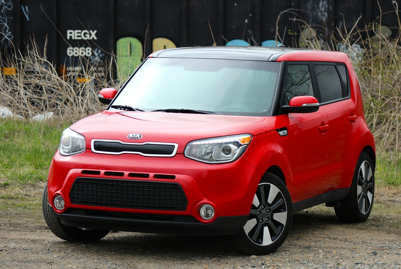 Front 3/4 of the 2014 Kia Soul