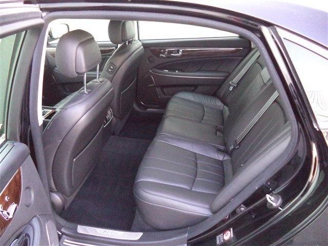 2011 Hyundai Equus