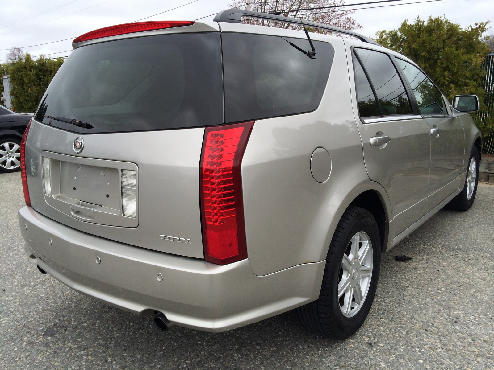 2004 Cadillac Srx Overview Cargurus