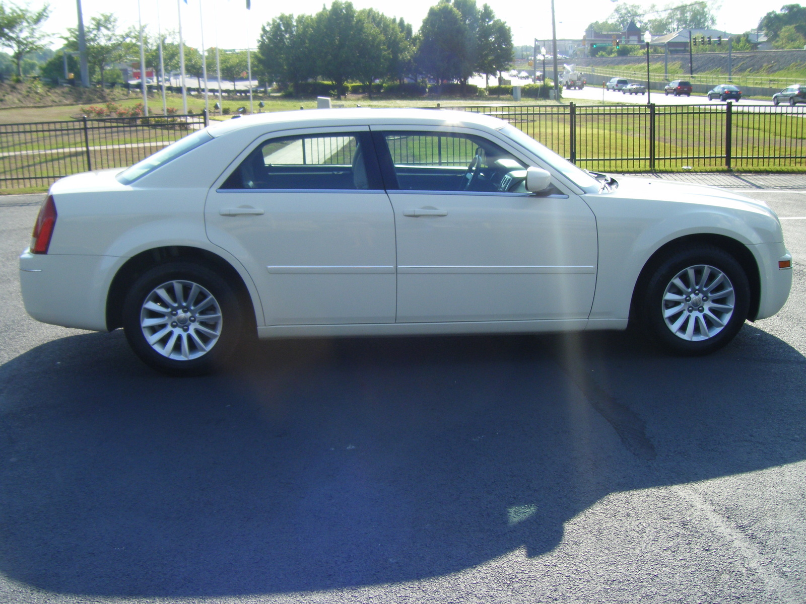 Dodge Dealers Near Me >> 2007 Chrysler 300 - Pictures - CarGurus