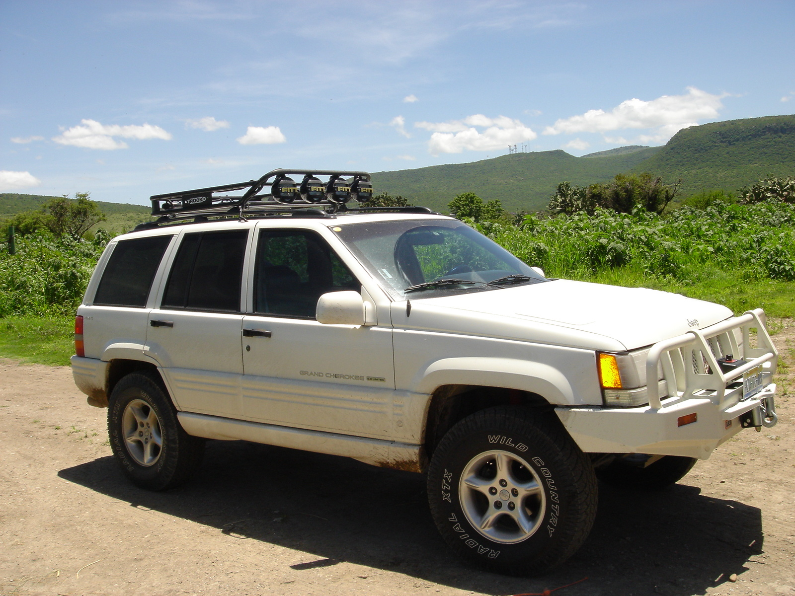 1998 jeep grand cherokee overview cargurus. Black Bedroom Furniture Sets. Home Design Ideas