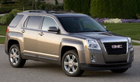 2015 GMC Terrain, Front-quarter view. Copyright General Motors, exterior, manufacturer