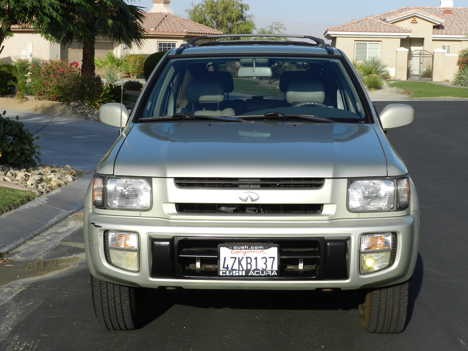 Picture of 1999 infiniti qx4 4 dr std 4wd suv exterior