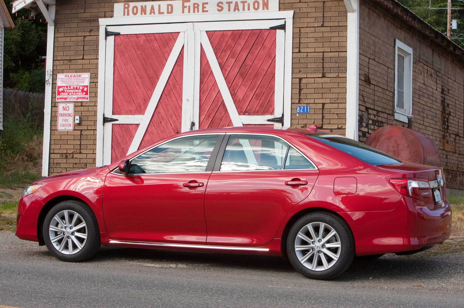 Picture of 2014 Toyota Camry