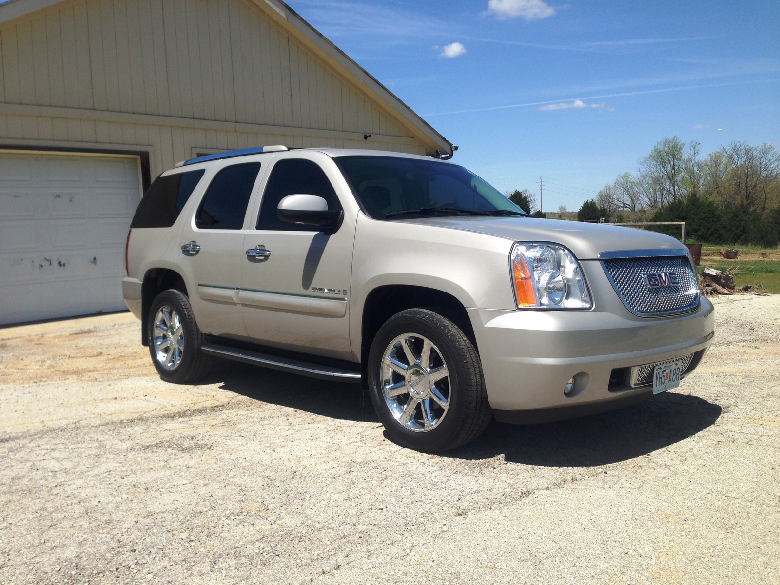 Picture of 2008 GMC Yukon Denali AWD, exterior