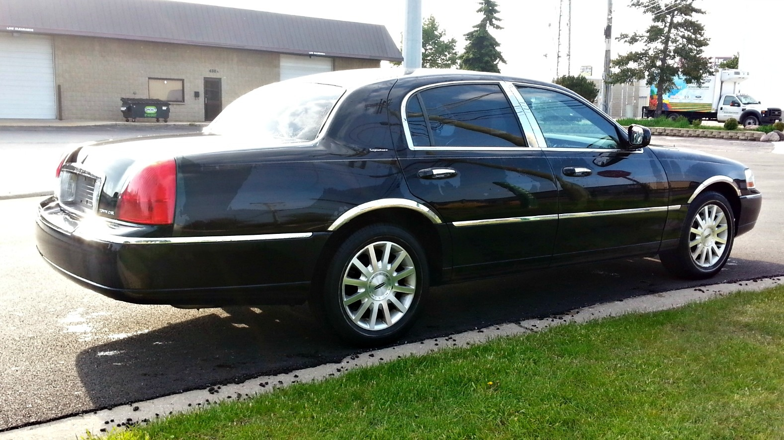 2006 Lincoln Town Car Pictures Cargurus