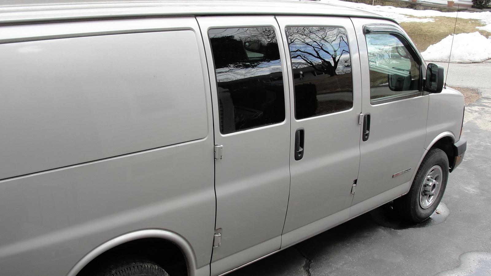 Picture of 2006 GMC Savana Cargo 2500 Van