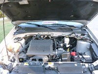 Picture of 2010 Mercury Mariner Premier, engine