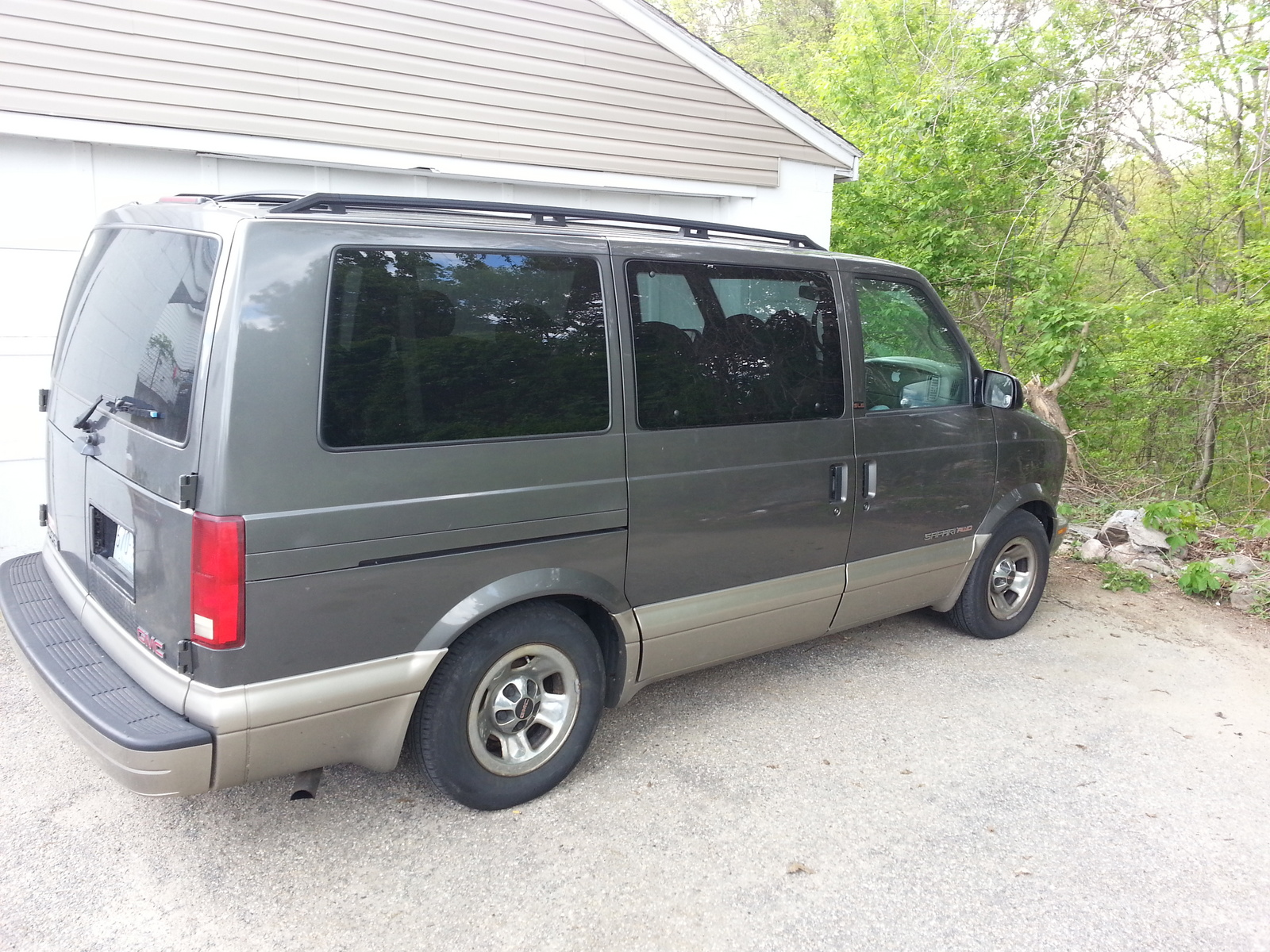 Picture of 2002 GMC Safari 3 Dr SLE AWD Passenger Van Extended