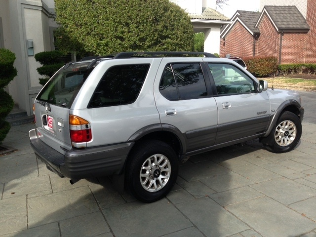 Picture of 2002 Honda Passport 4 Dr EX 4WD SUV