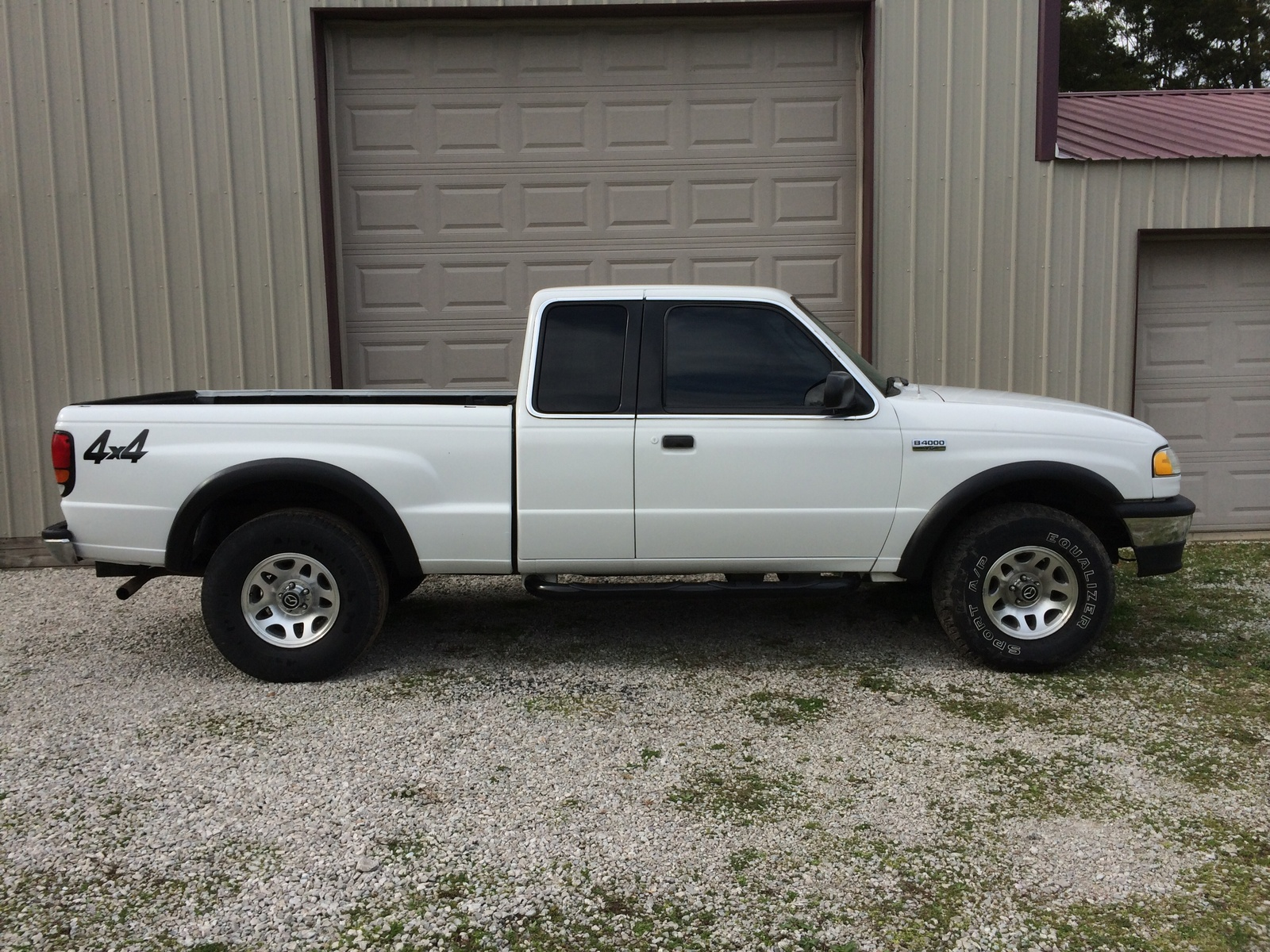 Picture of 1998 Mazda B-Series Pickup 4 Dr B2500 SE Extended Cab SB
