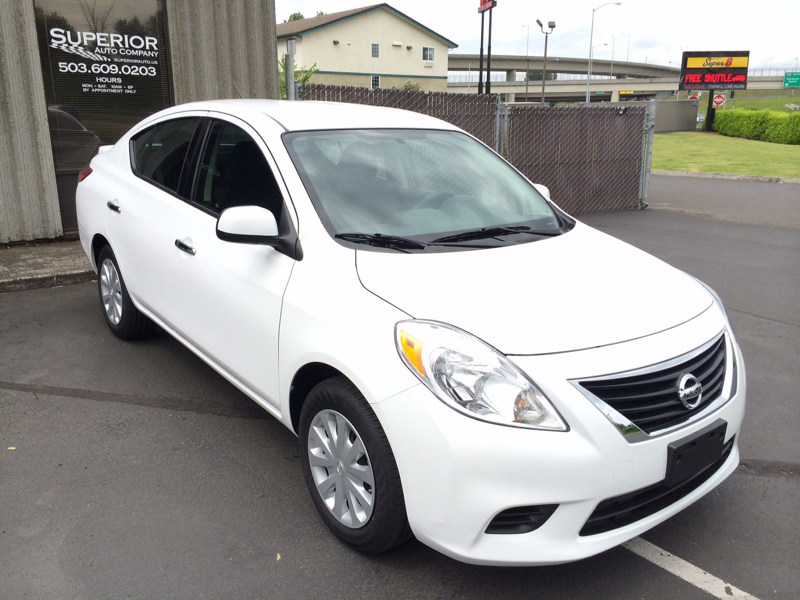 Picture of 2014 Nissan Versa 1.6 SV