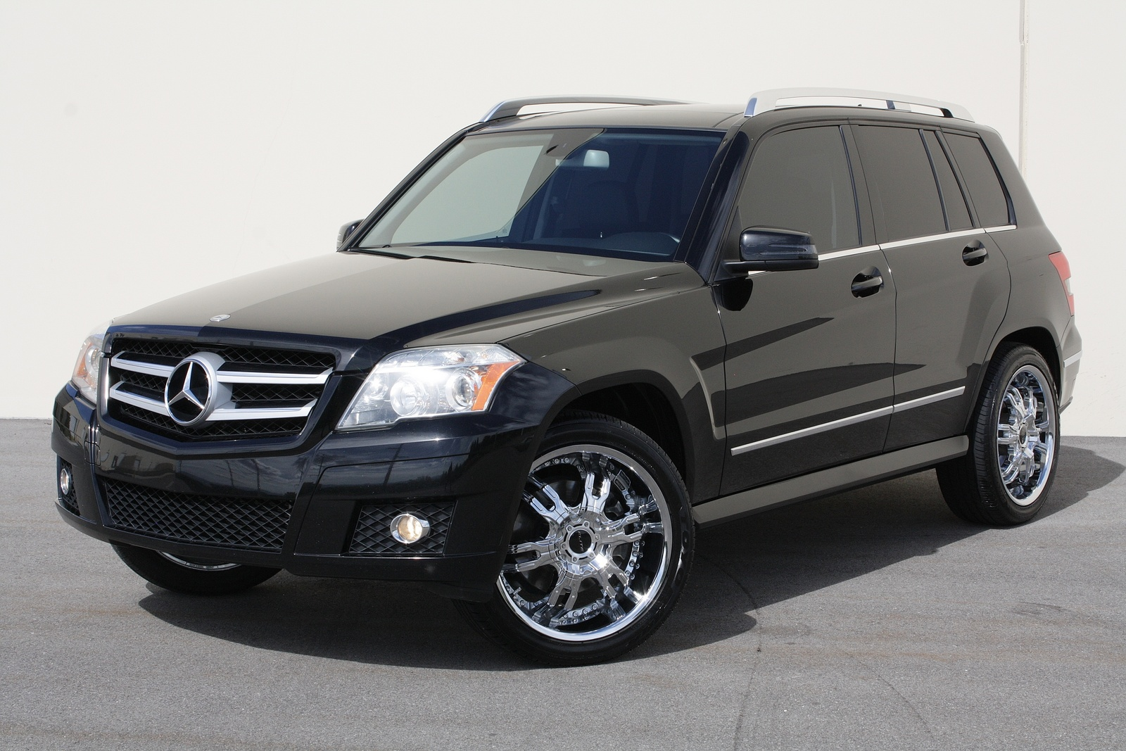 2010 mercedes benz glk class pictures cargurus. Black Bedroom Furniture Sets. Home Design Ideas