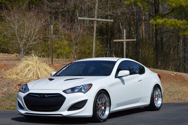 2013 hyundai genesis coupe pictures cargurus. Black Bedroom Furniture Sets. Home Design Ideas