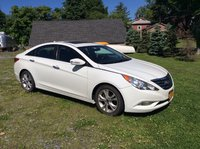 2011 Hyundai Sonata Limited, Great car with low miles., exterior