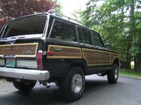 1989 Jeep Grand Wagoneer Overview