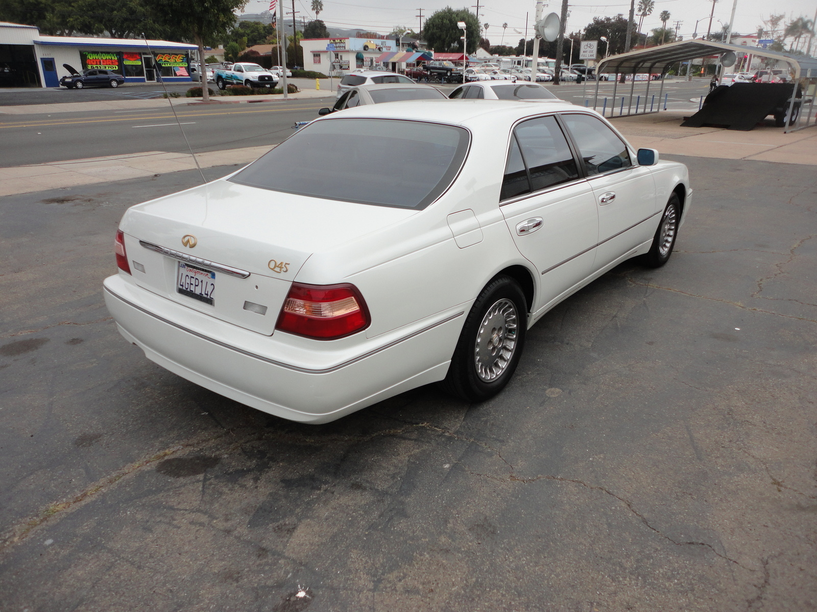 Picture of 1999 Infiniti Q45 4 Dr STD Sedan