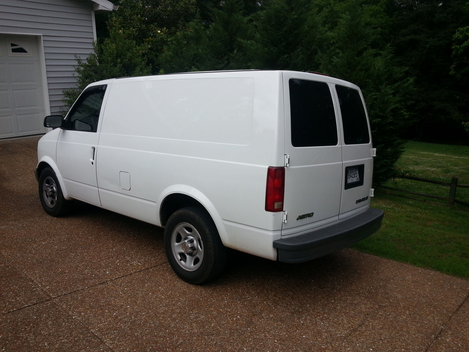 2003 chevrolet astro cargo van pictures cargurus. Black Bedroom Furniture Sets. Home Design Ideas