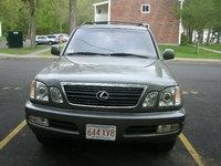 1998 Lexus LX 470 Overview