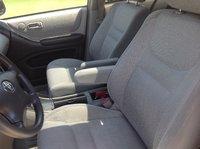 Picture of 2002 Toyota Highlander Limited V6 4WD, interior