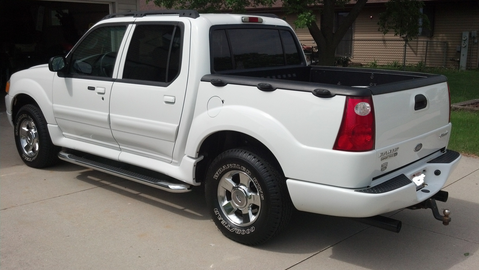 picture of 2004 ford explorer sport trac 4 dr adrenalin 4wd crew cab. Cars Review. Best American Auto & Cars Review