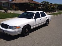 Picture of 2006 Ford Crown Victoria Police Interceptor