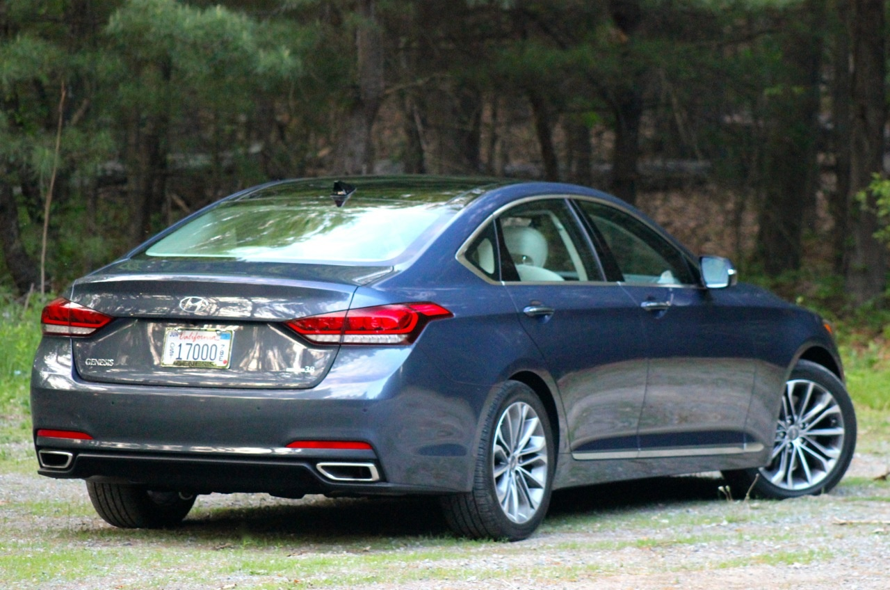 Rear 3/4 of the 2015 Hyundai Genesis