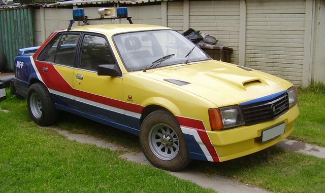 Picture of 1982 Holden Commodore, exterior
