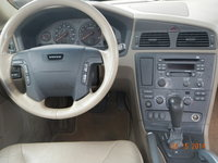 Picture of 2002 Volvo XC 4 Dr Turbo AWD Wagon, interior