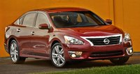 2015 Nissan Altima Overview