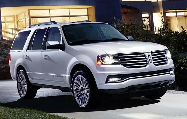 2015 Lincoln Navigator, Front-quarter view, exterior, manufacturer, gallery_worthy