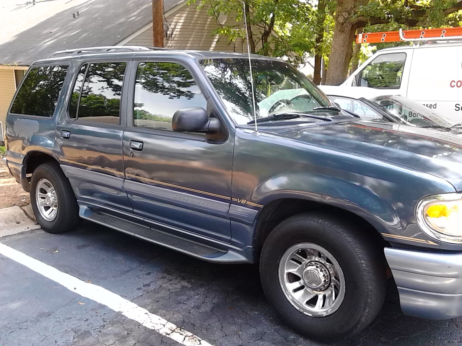 Picture of 1998 Mercury Mountaineer 4 Dr STD 4WD SUV