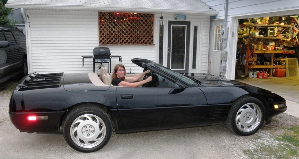 Chevrolet Corvette Questions - Door Panels on a 1992 Conv. Corvette ...