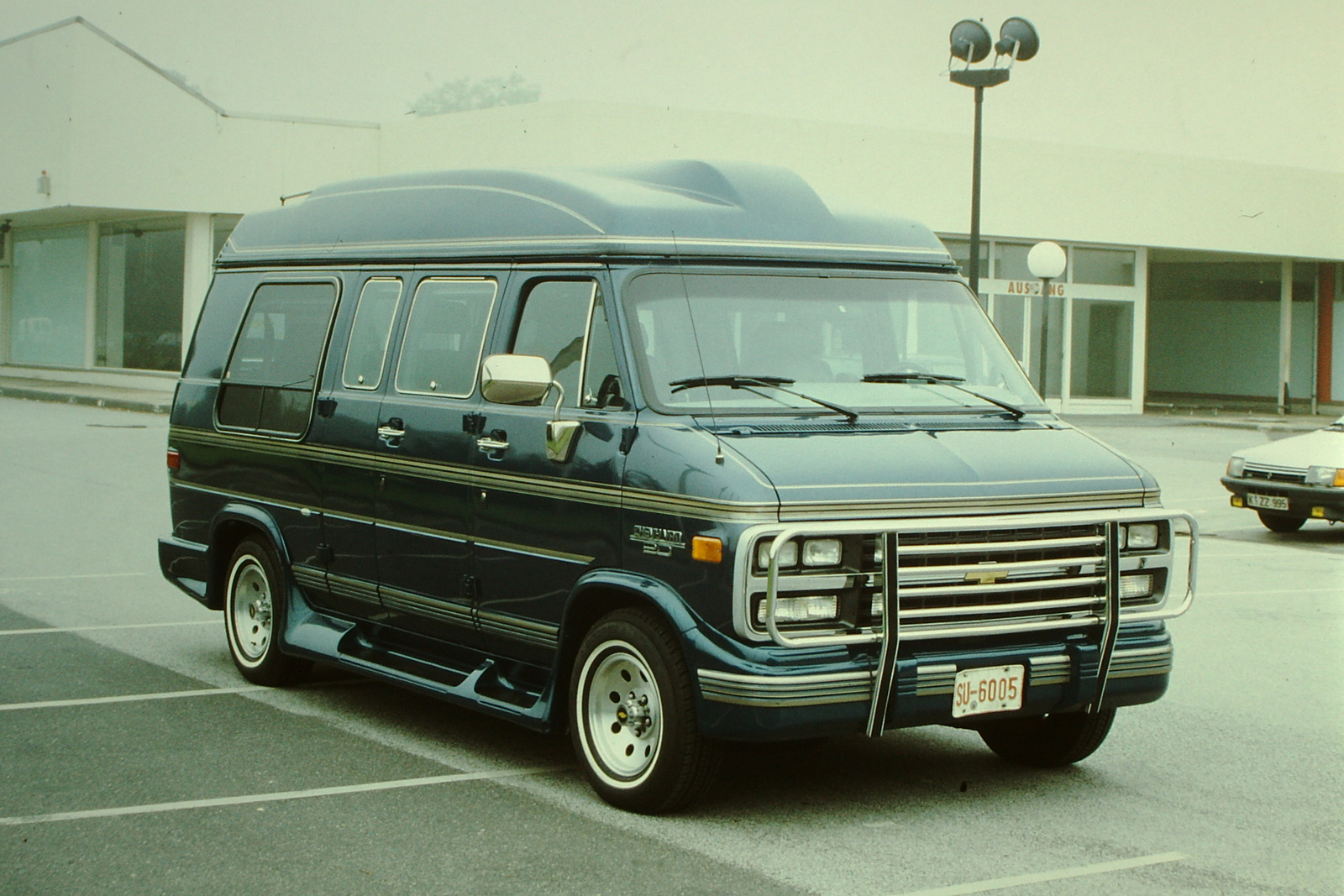 1994 chevrolet chevy van overview cargurus. Black Bedroom Furniture Sets. Home Design Ideas