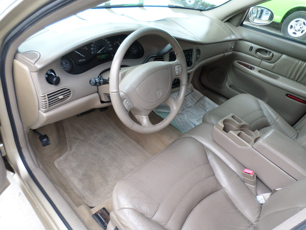 Picture of 2005 Buick Century Special Edition, interior
