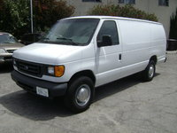 2005 Ford Econoline Cargo Overview
