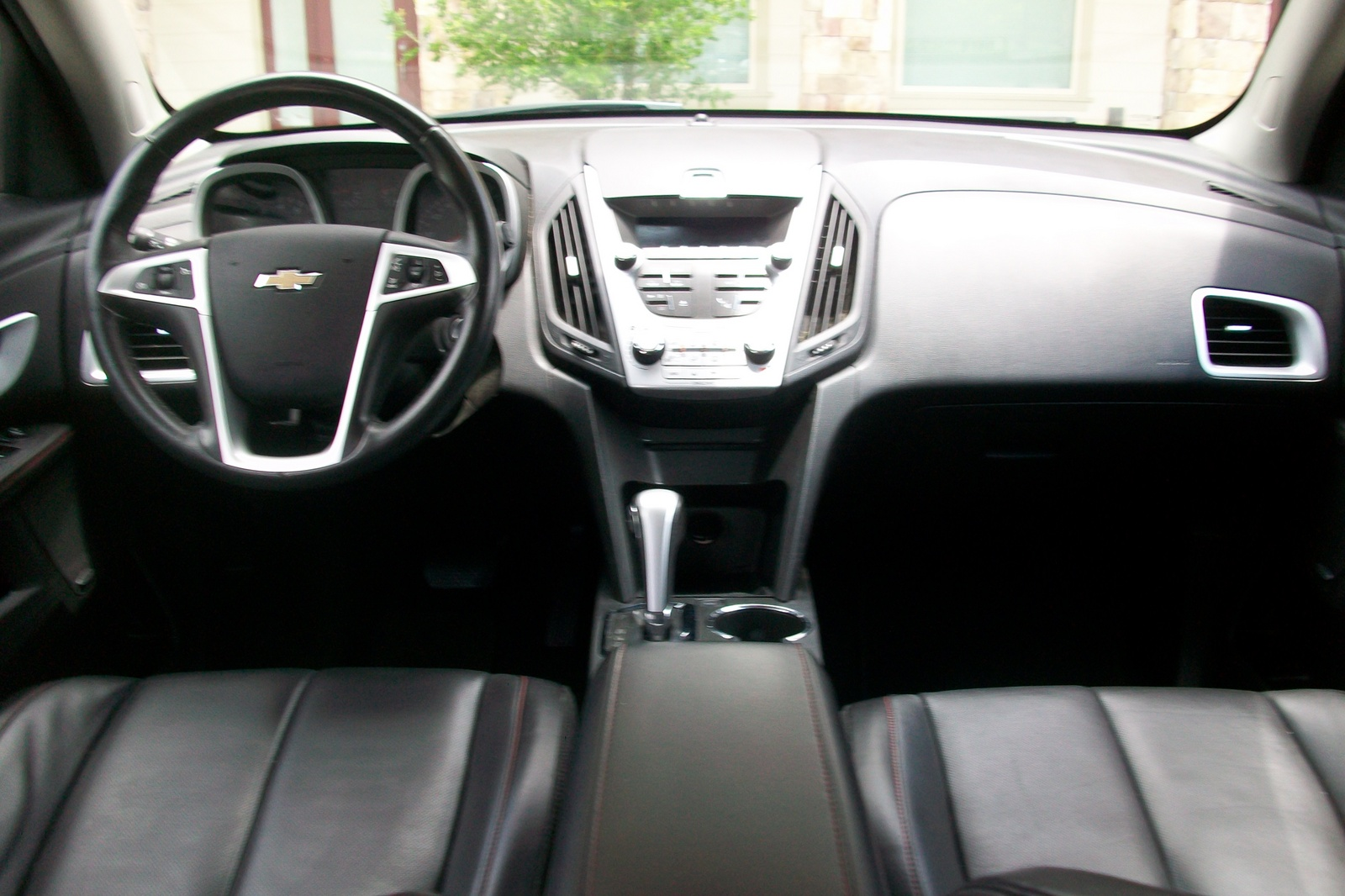 2010 chevrolet equinox owner reviews new and used car. Black Bedroom Furniture Sets. Home Design Ideas
